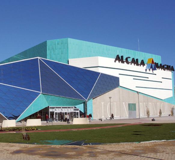 A NUESTROS CLIENTES Y AMIGOS ''CENTRO COMERCIAL ALCALÁ MAGNA''-ALCALÁ DE HENARES.
